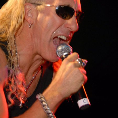 Dee Snider uses to hit to fight for actors