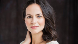 Mandy Gonalez heads to 'Hamilton'